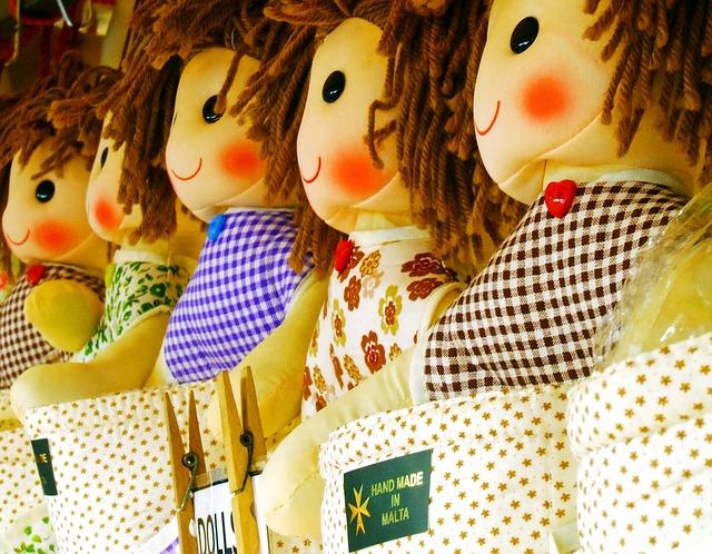 doll-1043499_640