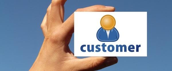 customer-1251735_640